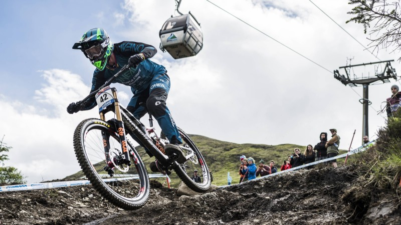 UCI Mountain Bike World Cup: Hannah and Minnaar take Fort William wins
