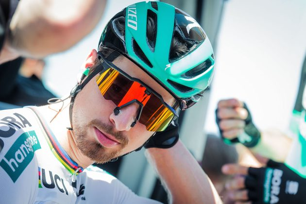 Peter Sagan's new 100% glasses use nose magnets to help open his nostrils